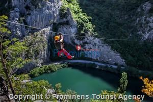 Zip line Canyon Cetina Fluss